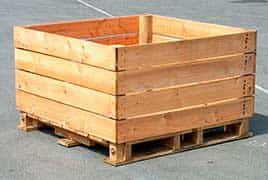 caixa pallet vazada